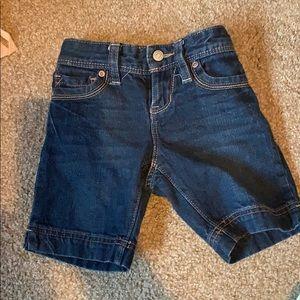Old Navy girls Denim Bermuda shorts size 5